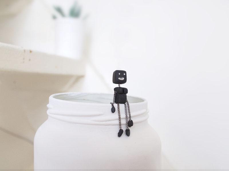 La Robotte Marionnette.jpg