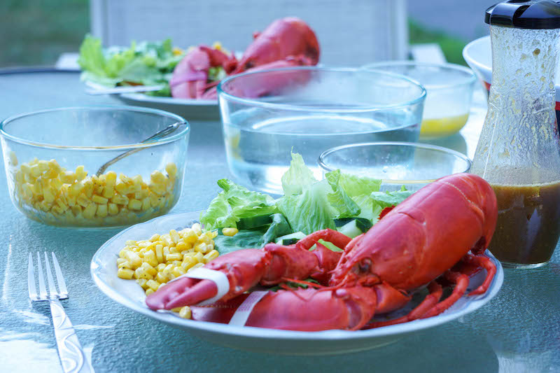Lobster dinners- it's good to live in Maine!