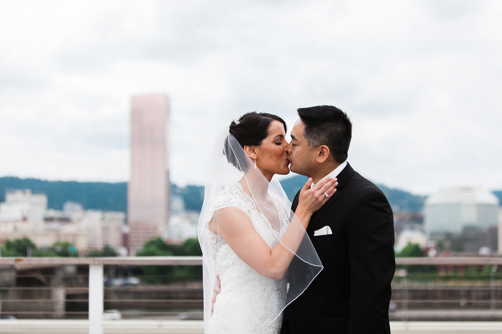 Bridalbliss.com | Portland Wedding | Oregon Event Planning and Design | Max Monte Photography | Zest Floral