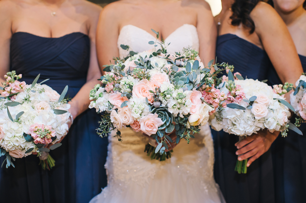 Bridalbliss.com | Portland Wedding| Oregon Event Planning and Design | Honeysuckle Photography| Zest Floral