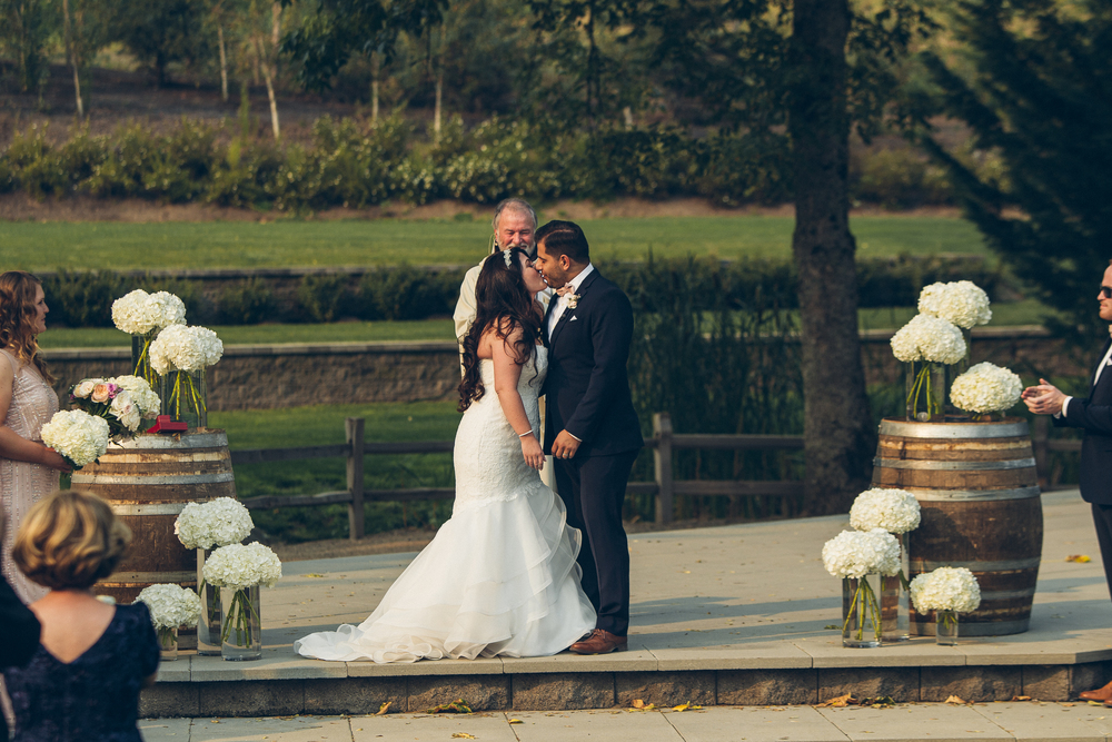 Bridalbliss.com | Salem Wedding | Oregon Event Planning and Design | Ben Pigao Photography