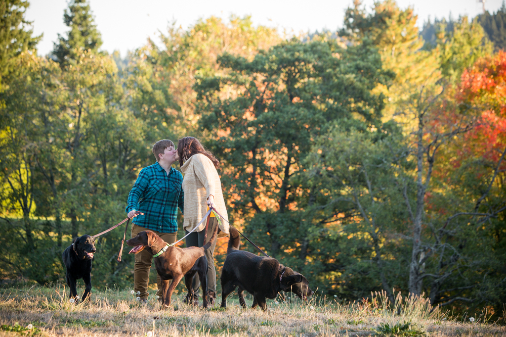 Bridalbliss.com | Portland Engagement Session | Oregon Event Planning and Design | Jessica Hill Photography