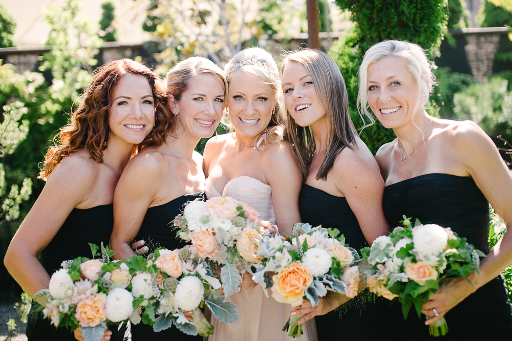Bridalbliss.com | Portland Wedding | Oregon Event Planning and Design | Aaron Courter Photography | Solabee Floral