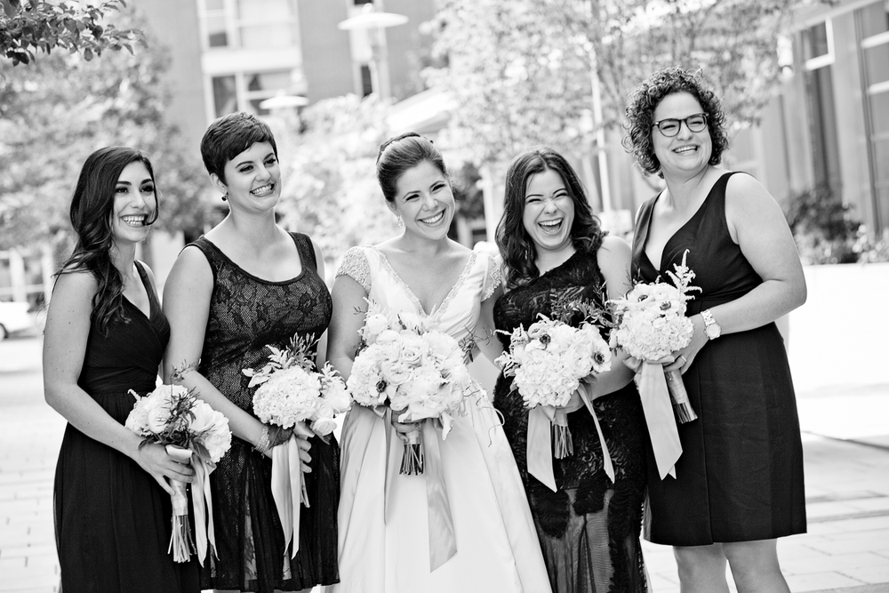 Bridalbliss.com | Portland Wedding | Oregon Event Planning and Design | Lauren B Photography | Geranium Lake Floral