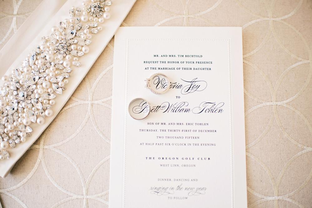 Bridalbliss.com | Portland Wedding Planner | Oregon Event Design | Deyla Huss Photography