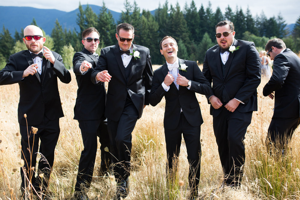 Bridalbliss.com | Columbia Gorge Wedding | Washington Event Planning and Design | Deyla Huss Photography