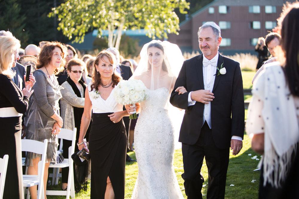 Bridalbliss.com | Columbia Gorge Wedding | Washington Event Planning and Design | Deyla Huss Photography