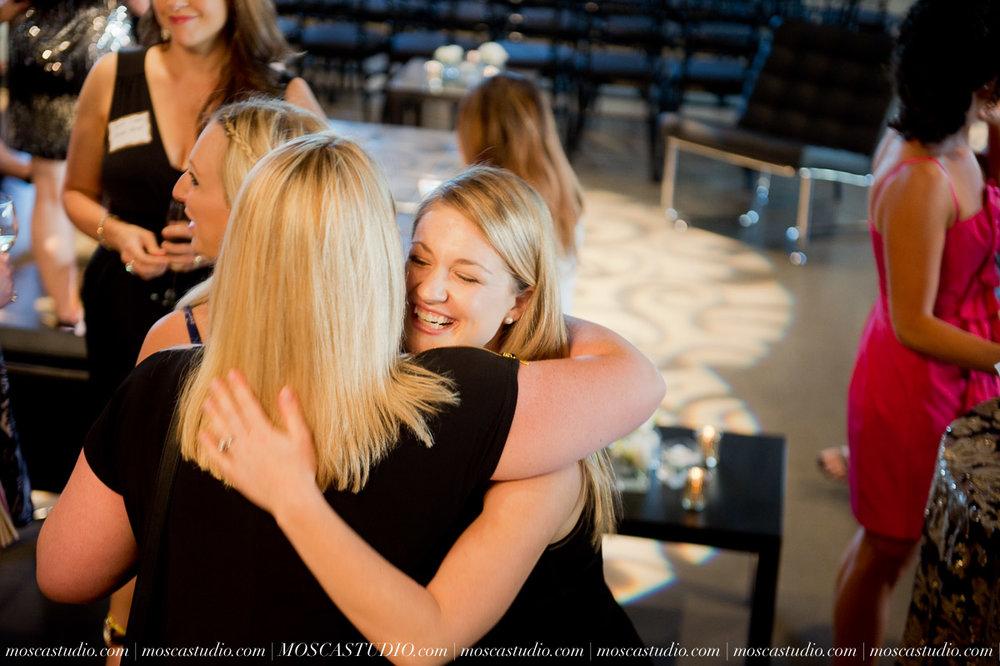 6952-moscastudio-wedding-photography-oregon-bride-magazine-best-of-bride-2015-20150626-WEB.jpg