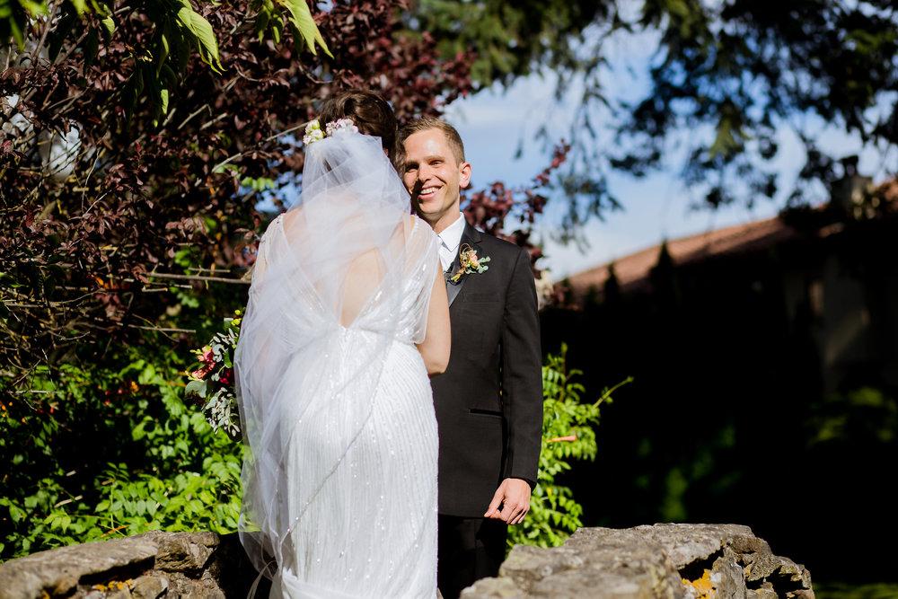 Bridalbliss.com | Columbia Gorge Wedding | Oregon Event Planning and Design | Stark PhotographyBridalbliss.com | Columbia Gorge Wedding | Oregon Event Planning and Design | Stark Photography