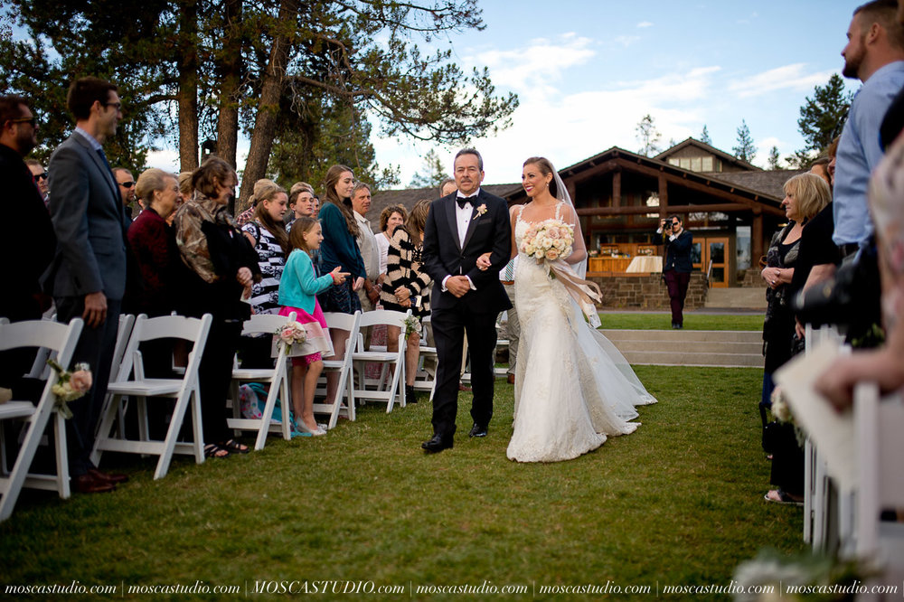 01337-moscastudio-kellyryan-sunriver-resort-wedding-20160917-SOCIALMEDIA (1).jpg