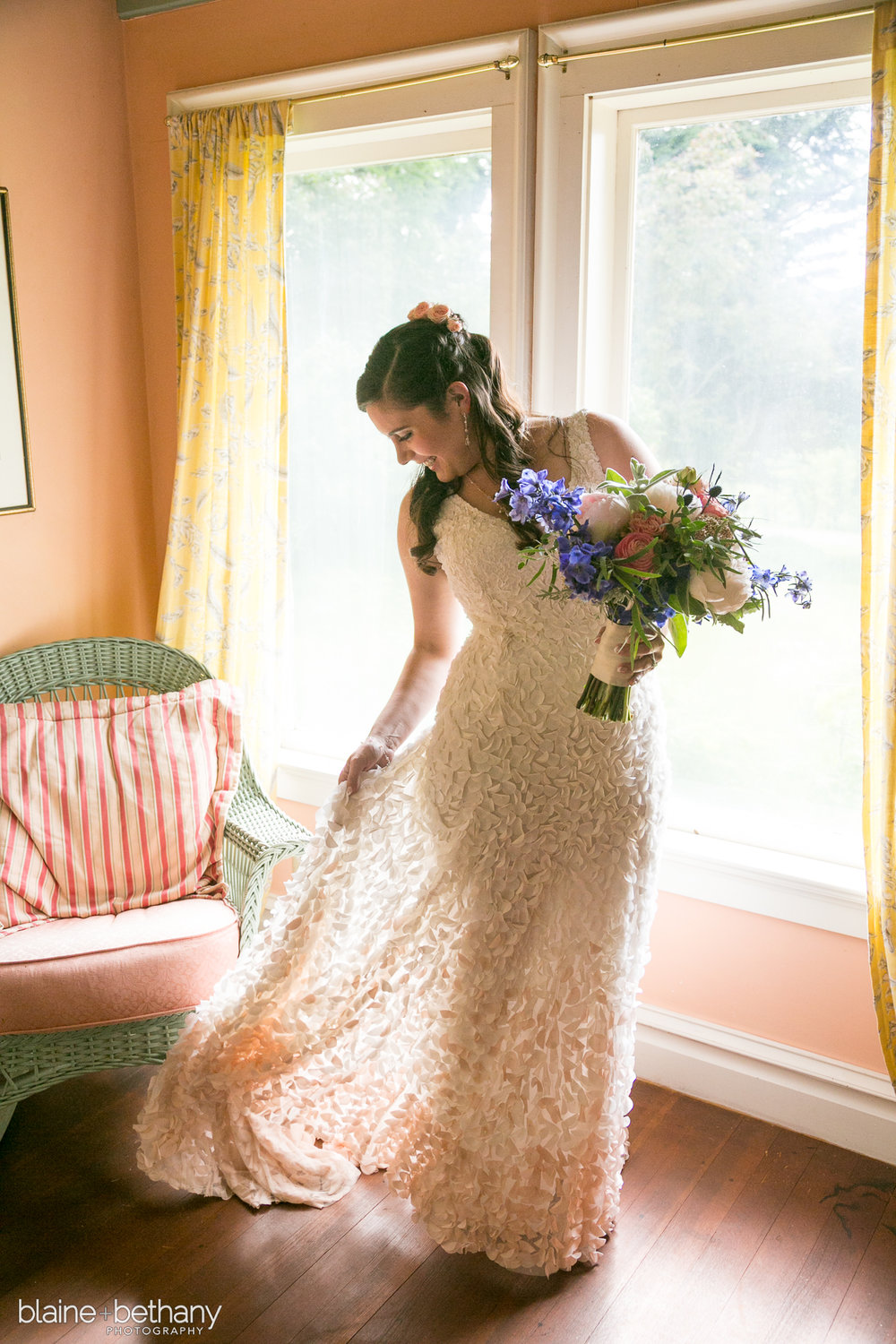 Bridalbliss.com | Portland Wedding | Oregon Event Planning and Design | Blaine & Bethany Photography