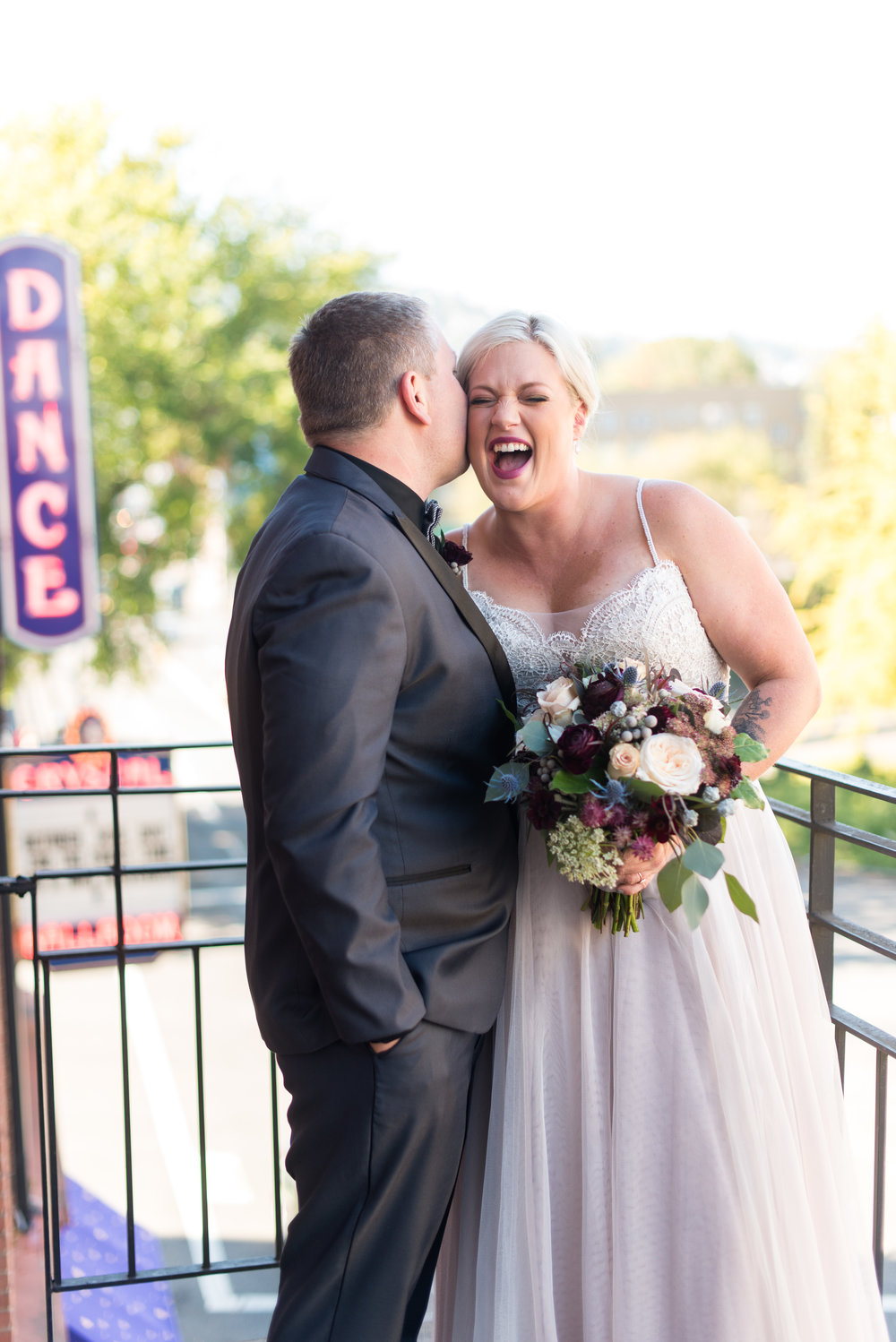 Bridalbliss.com | Portland Wedding | Oregon Event Planning and Design |  Powers Photography
