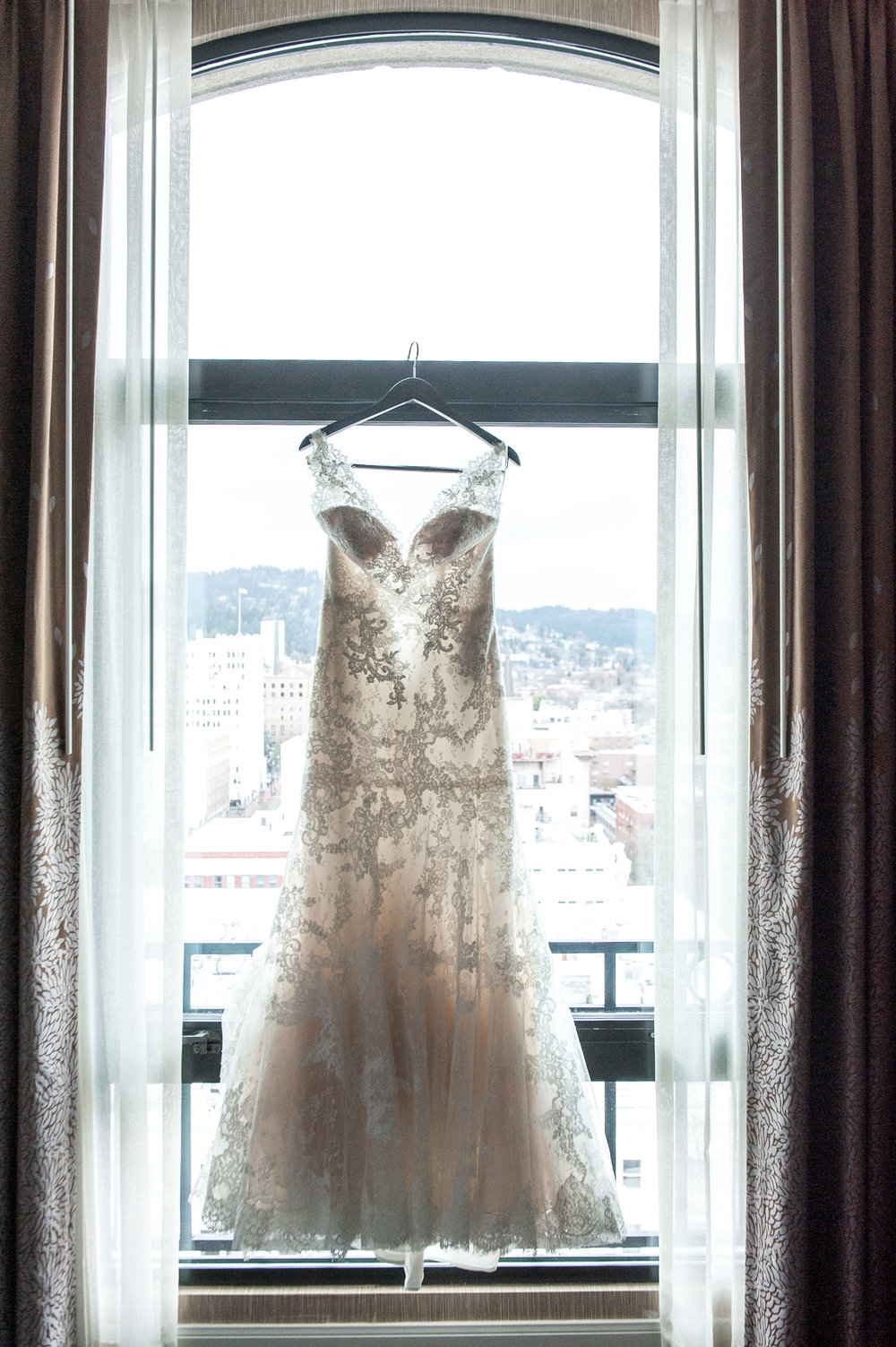 Bridalbliss.com | Portland Wedding | Oregon Event Planning and Design | Powers Studio Photography