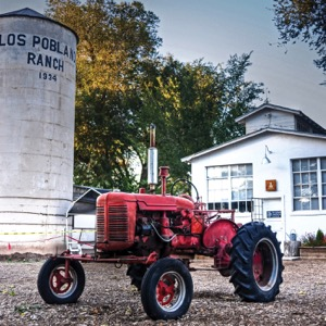 tractor (1).jpg