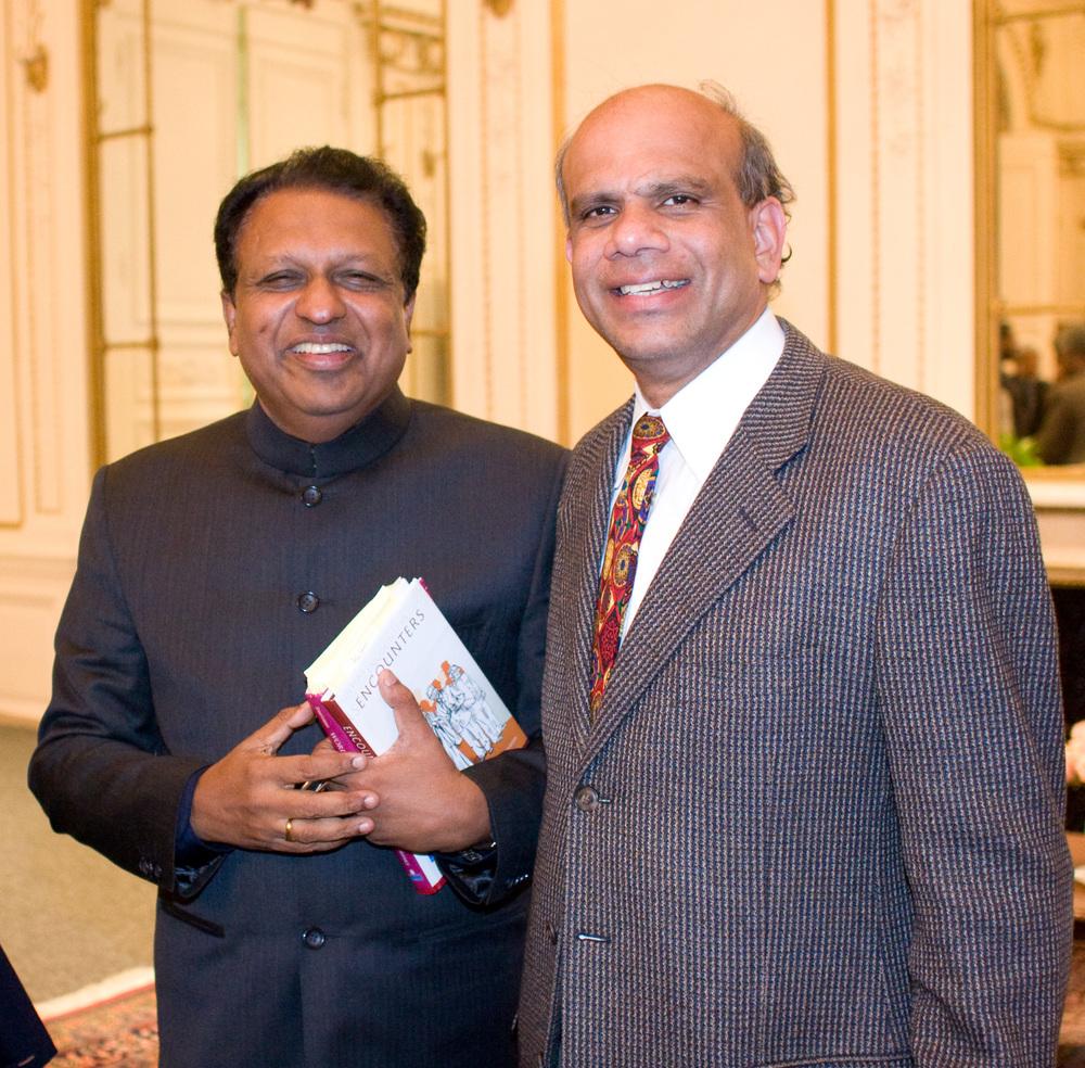 Dr. Gurumurthy Kalyanaram with Ambassador Sreenivasan.jpg