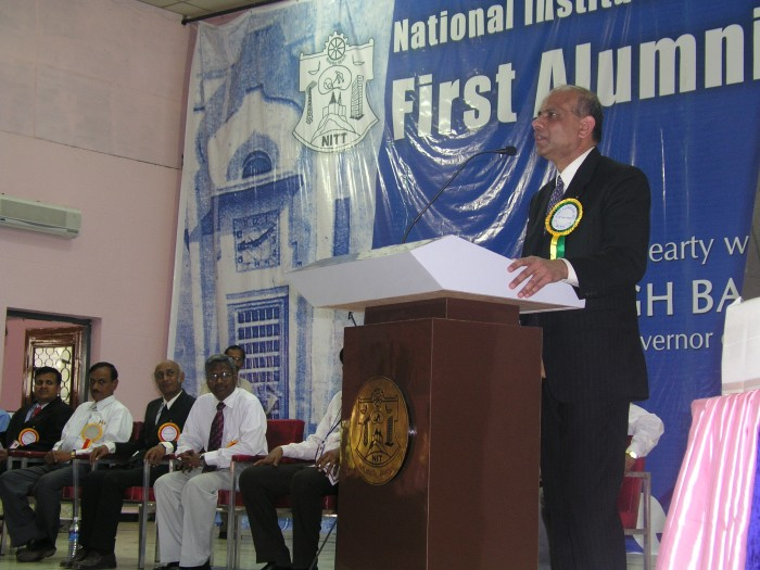 Dr. Gurumurthy Kalyanarm delivering a plenary talk.jpg