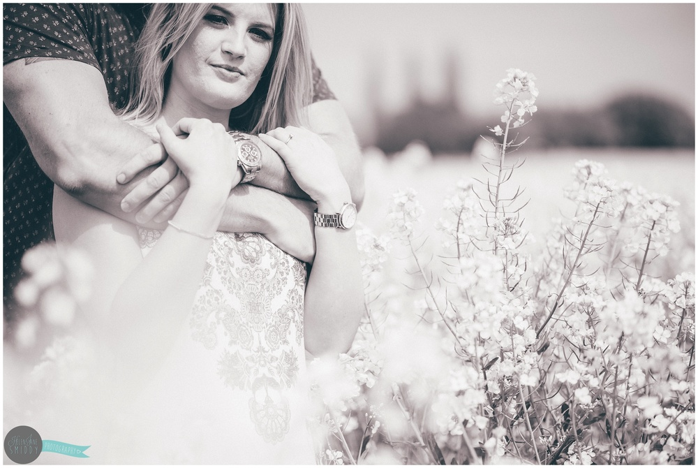 engagement-shoot-pre-wedding-shoot-wedding-photography-cheshire-alvanley-kingsley-frodsham-the-white-lion-love-summer-wedding-spring-wedding