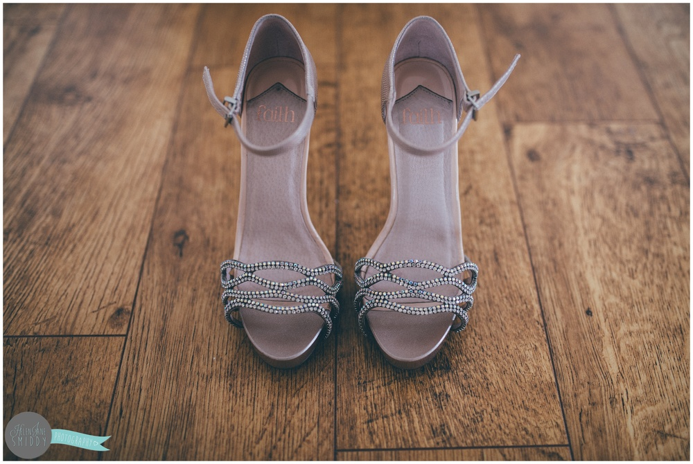 wedding-photography-cheshire-kingsley-pinterest-DIY-decorations-pale-blue-boho-makeup-make-up-artist-bride-dress-prosecco