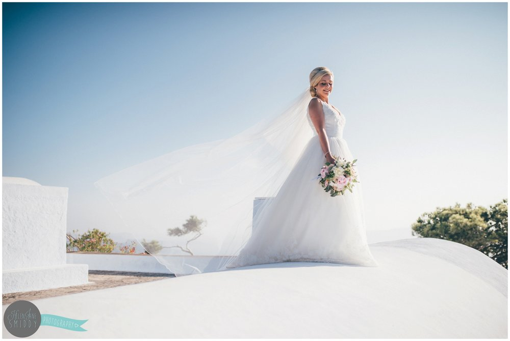 wedding-weddingphotography-photography-destination-wedding-destinationweddingphotography-destinationphotographer-santorini-greece-santoriniwedding-leciel-cheshirewedding-cheshireweddinphotographer-cheshireweddingphotography-fira-thira-travel-travelphotographer-travelphotography-bluefroofs-bride-brideandgroom-weddinggown-groom-groomsmen-suit-food-canapes-weddingbouquet-weddingfloweres
