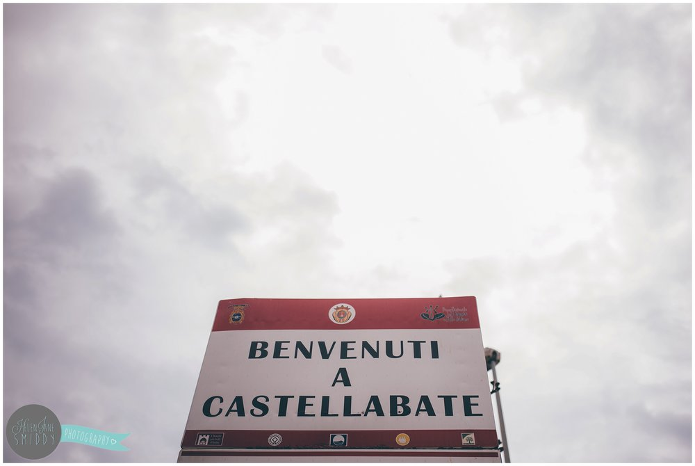 The welcome sign at Santa Maria di Castellabate.