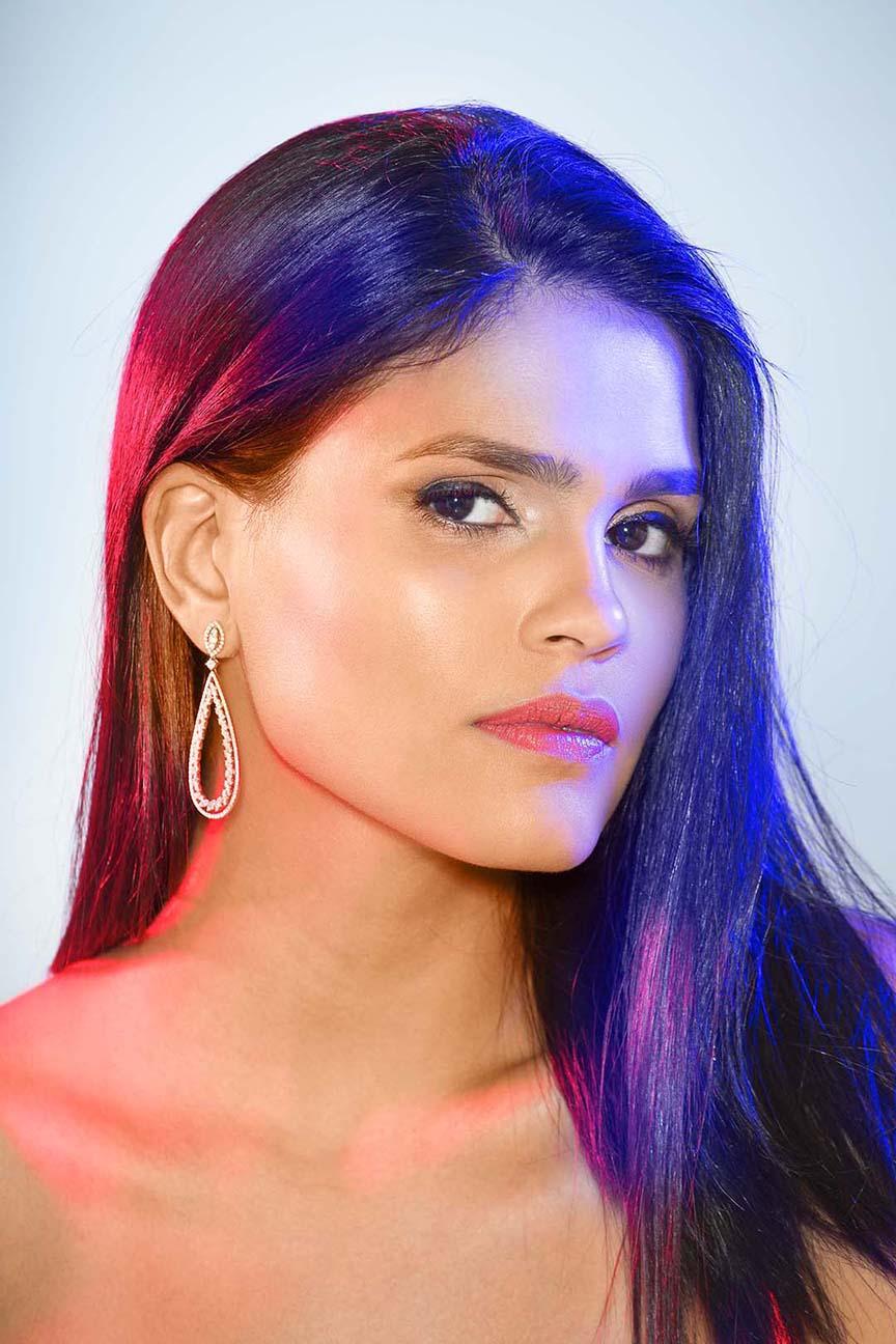 Maylé Vásquez para Shine Magazine