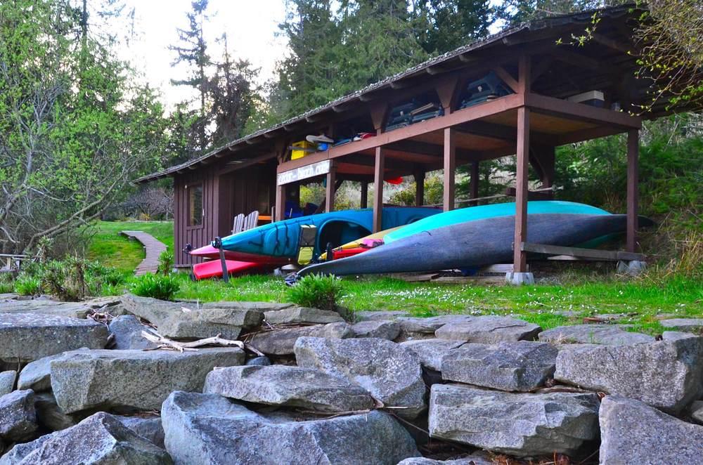 cedar-beach-kayaking-01.jpg
