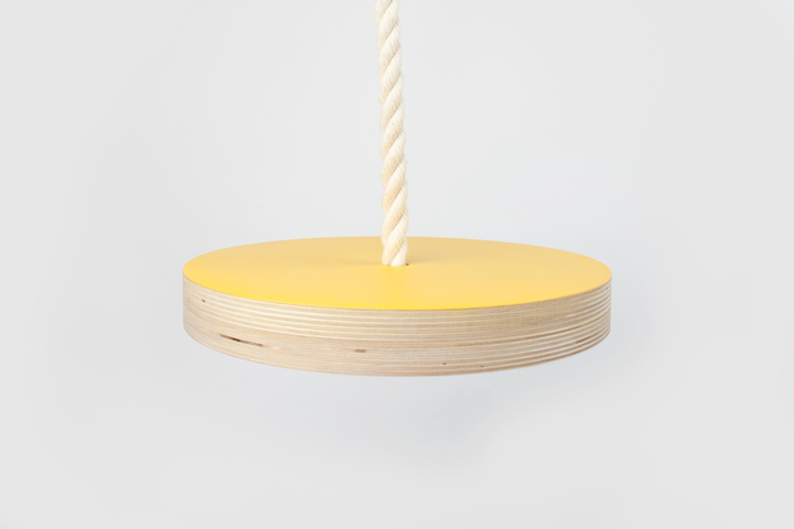 Balançoire jaune $65.00 CAD