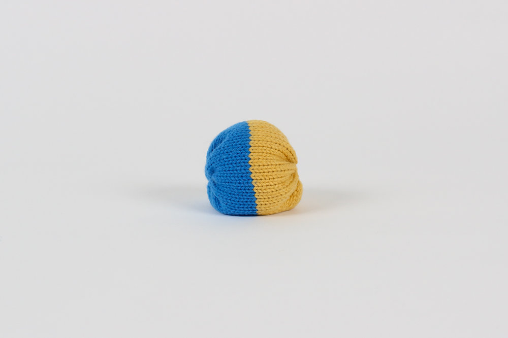 SUMMER CAPSULE COLLECTION Foot bag / blue and yellow $9.00 CAD