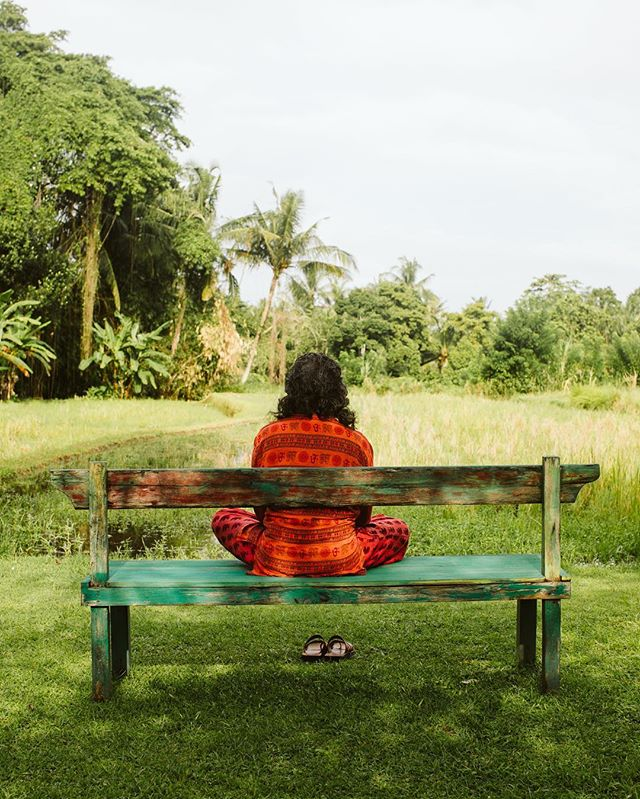 When you stumble upon someone meditating toward the rice fields and your camera happens to be in hand, you have to take a quick snap. Bali amazes me more every single day. #bali #worldwanderer #creativeculture  #destinationweddingphotographer #meditation #balitravel #travelmore #wanderlust #exploremore #travelphotography #canonphotography #bali #indonesia