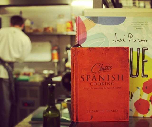 Our brother José Pizarro, master of London tapas, was a chef at Eyre Brothers before Opening his own eateries which we always recommend to fellow tapas lovers #tapas #londonfoodie #restaurant #spanishfood #portugesefood #shoreditch #oldstreet #kitchen