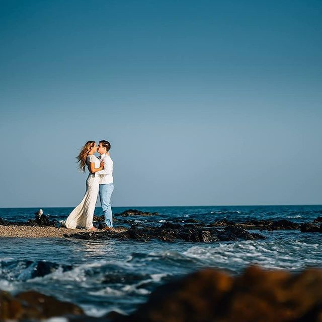 ☀️💒What a day Zara + Jordan's wedding was!☀️💒 The happy couple chose the beautiful El Oceano Beach Hotel, Restaurant & Spa for their big day. Stunning backdrops, beautiful sunshine and happy guests proved the perfect combination. Click the link in my bio to check it out. #destinationwedding #weddingabroad #costabrava #eloceano #wedding #weddingday #happycouple #justmarried #weddingphotos #weddingphotography #weddingphotographer #instawedding #weddinginspo