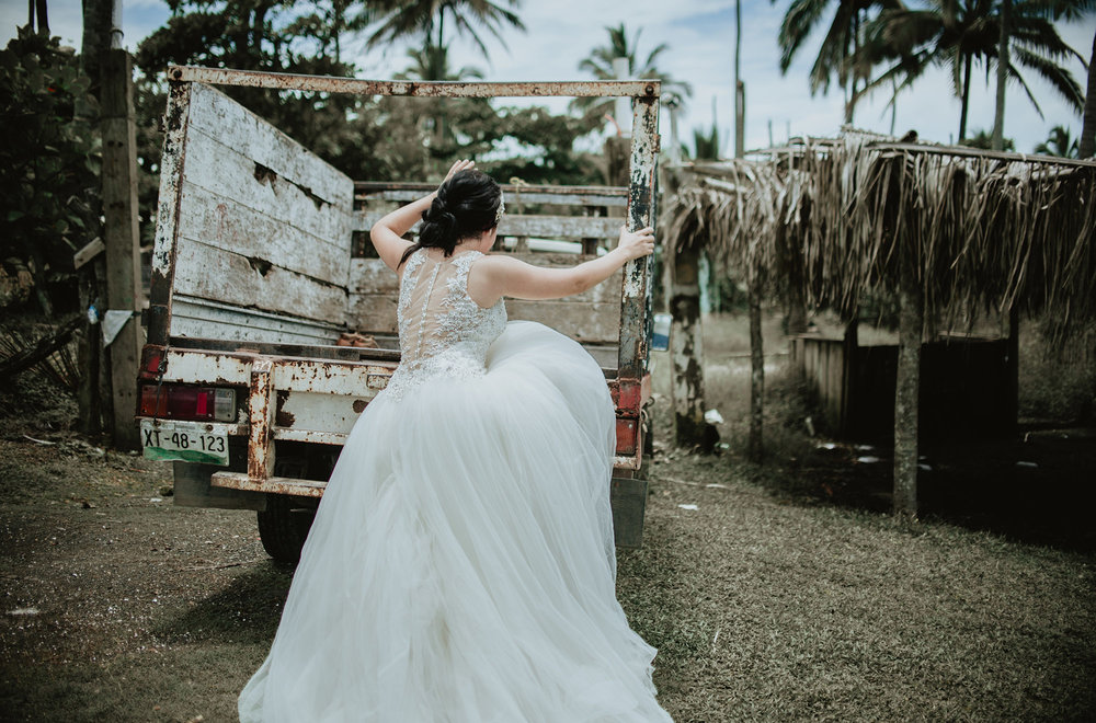 bibi y aldo trash the dress6.jpg
