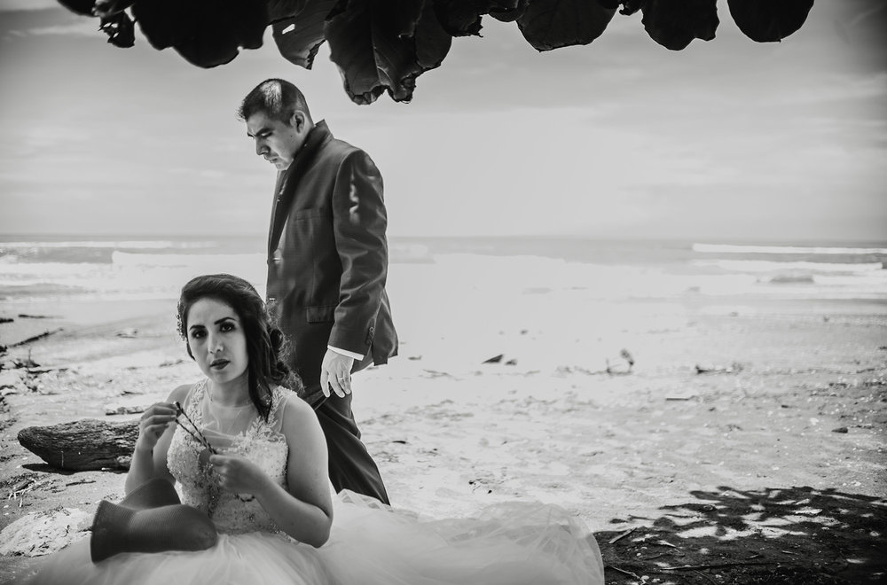 bibi y aldo trash the dress32.jpg