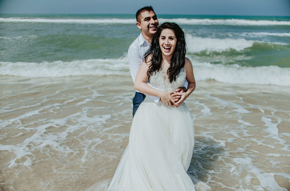 bibi y aldo trash the dress165.jpg