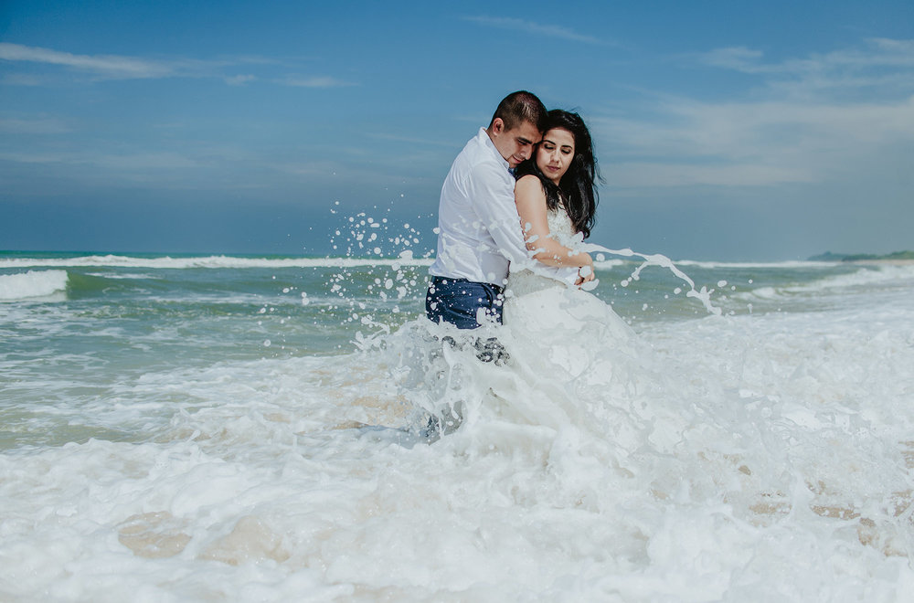 bibi y aldo trash the dress168.jpg