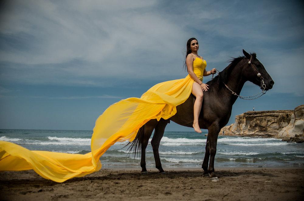 Valeria sesion casual128.jpg