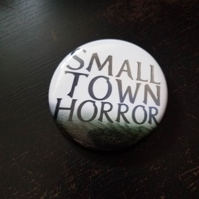 New buttons are in for patreon supporters! Patreon.com/smalltownhorror  #horror #podcast #smalltownhorror #fear #alone #darkness #woods #ashbury