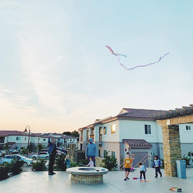 Thankful for weekend evenings like this and our seminary community. Also, flying a kite is SO relaxing... into it. #studentlifeatwsc