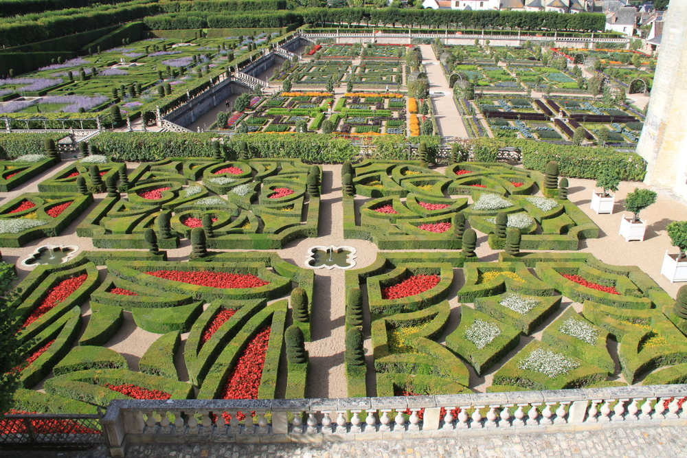 Topiary Tours Europe Chateau Villandry Crown Topiary Topiary