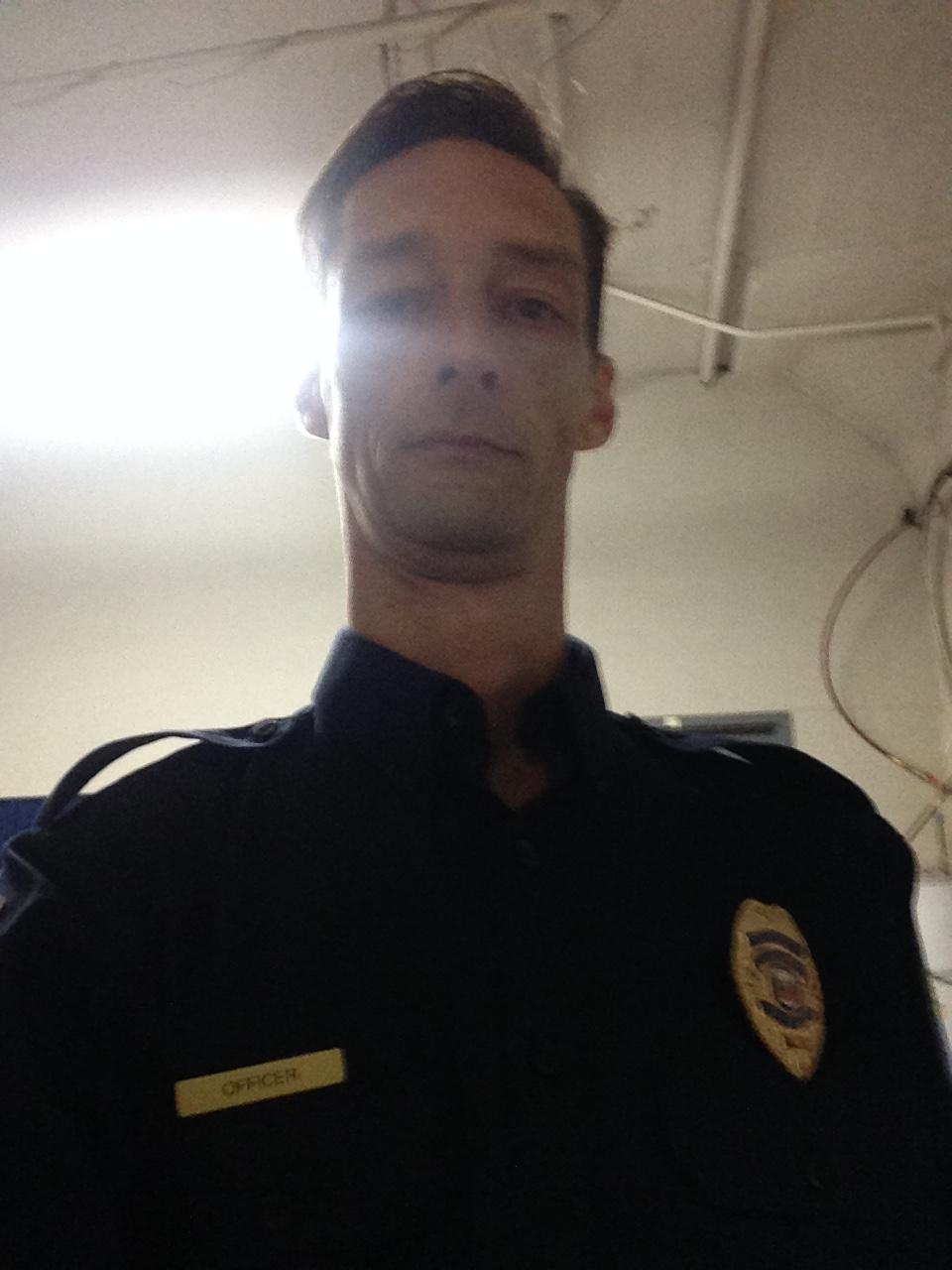 SeeNoEvil Cop
