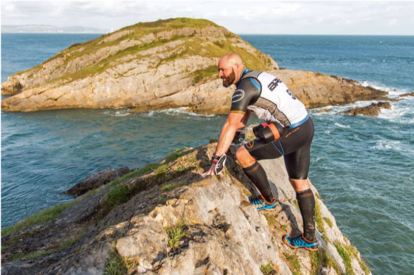 Breca Gower swimrun rock face