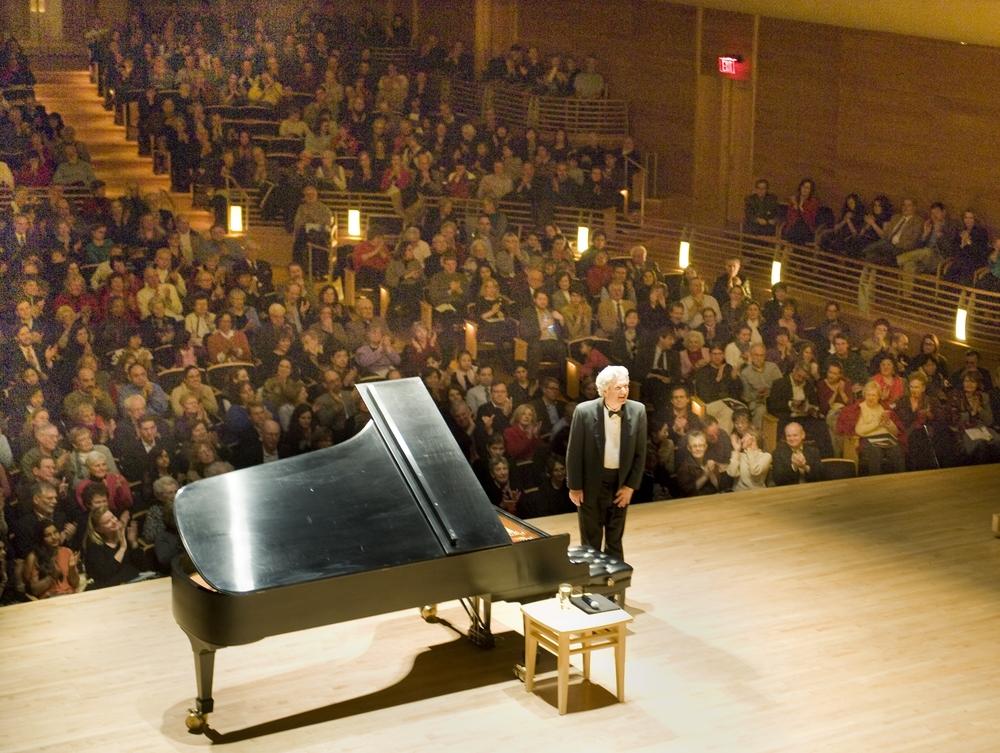 Brian Ganz audience_Credit Jay Mallin.jpg