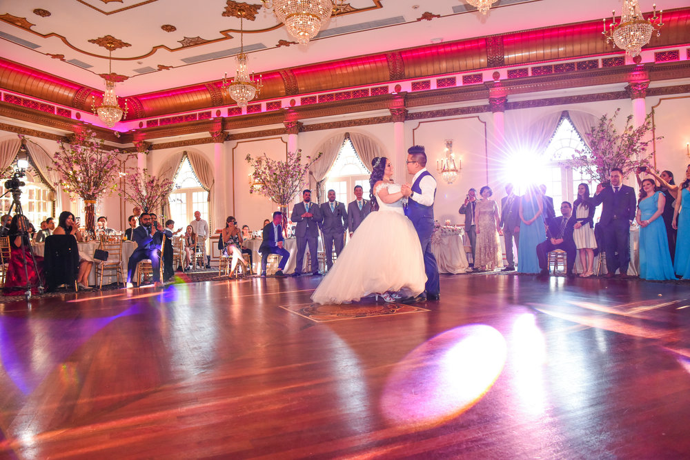 Alex Edge Crystal Playza NJ Wedding JBL VRX System