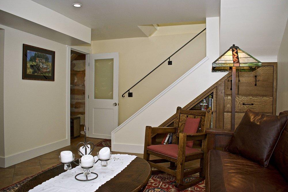 0006 Family Room.jpg