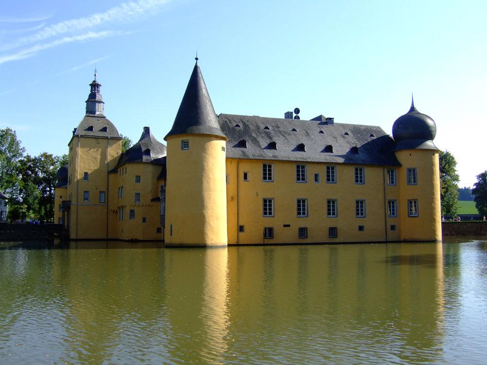 Burg_Gudenau_2006_2.jpg