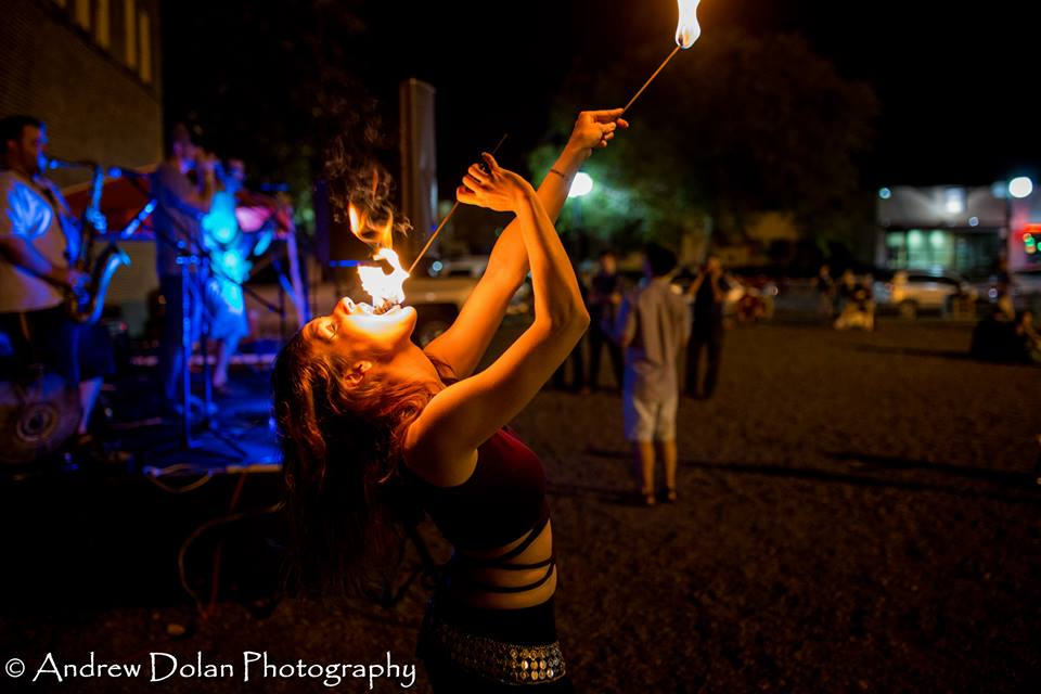 fire eating2.jpg