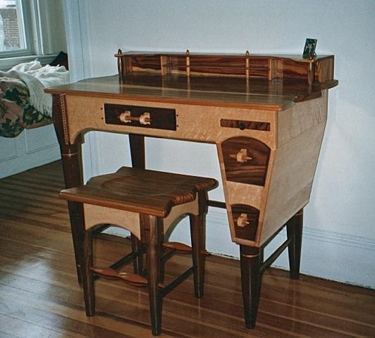 desk 2.jpeg
