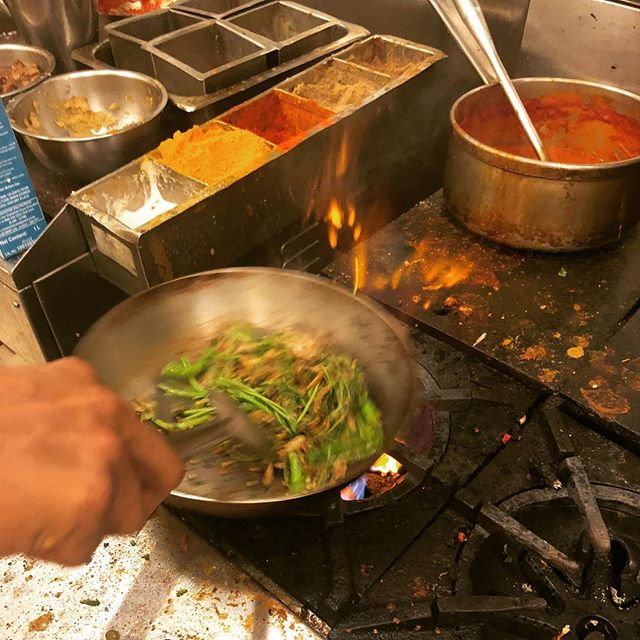 @chefrobertwood is in Mumbai India 🇮🇳 picking up some new techniques for the boys back in DC @capitals @washwizards #healthycooking #antiinflammatory #spiceoflife