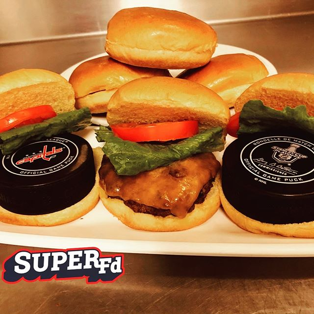 How do you take your puck? With cheese or Stanley? @capitals ordered Bison to get them moving! . . . . . .  #stanleycupplayoffs #foodisfuel #nhl #hockey #nhlplayoffs #nutrition #foodie #hamburger