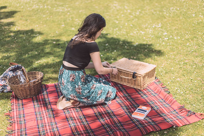 Picnic & wine in the summer sun, Brighton